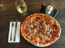 Southgate Melbourne Restaurants La Camera Pizza
